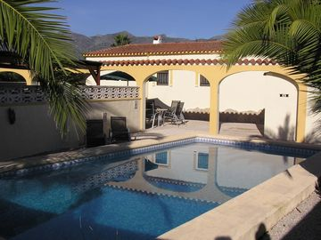 Luxury secluded villa with private pool, WiFi, near Orba village