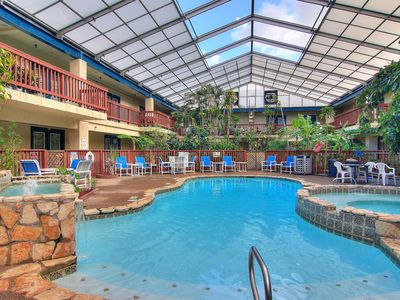 Photo for NEW LISTING! Cozy condo w/shared pool/hot tub - near Schlitterbahn Riverpark
