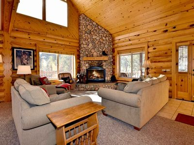 Photo for Rebel Ridge Lodge: Castle Glen Estates! Slope Views! Internet! Garage Parking! Central Heat!