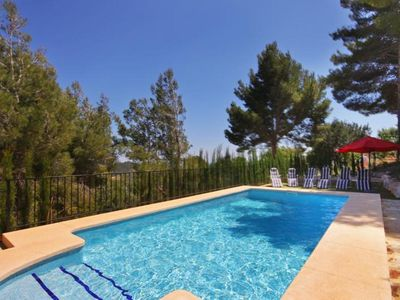 Photo for Nice villa with private pool for 12 people, 4 km from the beach.