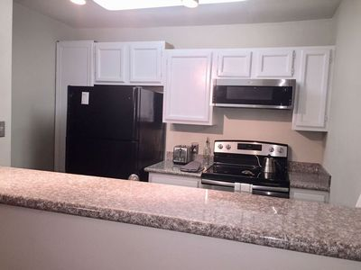 Photo for UPTOWN 1 Bedroom 1.5 Bath! Newly Remodeled!