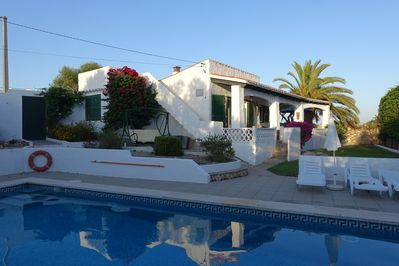 .late afternoon before sunset, 13 m large pool, 550m2 plot, finca like location