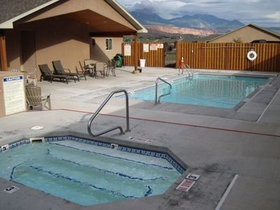 Community Pool, Hot Tub - Recreation Room with Ping Pong Table, Gas BBQ