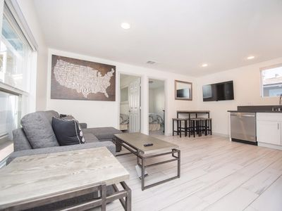 Modern 3 BD Beach Home in the Heart of Mission Beach! Steps to Ocean