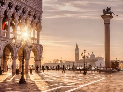 Photo for Big Apartment (10 PEOPLE) near San Marco Square