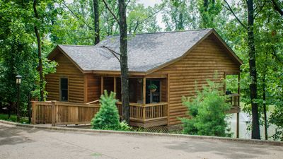 Wine Trail Cabin, 2015 Built, Carbondale, Southern IL - Giant City State Park