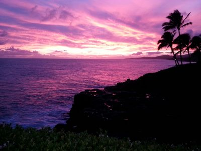 For example, this magnificent sunset from the Makahuena condo complex!