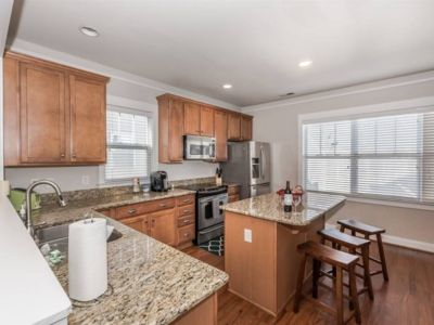 Photo for Walk Uptown - Clean and Spacious 3 Bed, 4 Bath Home. Close to everything!