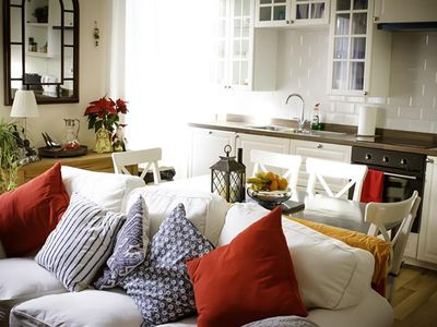 Photo for Lovely bright and airy apartment