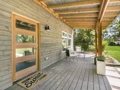 Photo for Modern Mountain Spa Retreat with Yoga Deck!!
