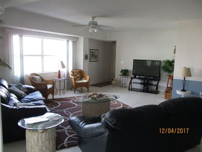 Photo for Beautiful 3 bedroom 2 bath condo with Breath taking views of the ocean. OW1-407