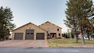Photo for MEADOWS EDGE LDG⭐️25 MINUTES TO W YELLOWSTONE SATELLITE TV⭐️FREE WIFI BBQ GRILL 4BR 3BA