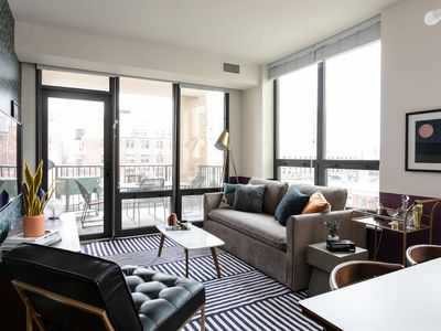 Photo for Gorgeous 2BR/2BA Apt in River North by Domio