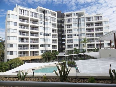 Photo for Superb beachside apartment at North Burleigh beach ** Great Value Apartment **