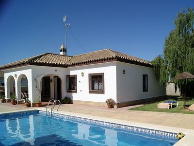 Photo for House in Conil de la Frontera with Parking, Internet, Washing machine, Air conditioning (537357)