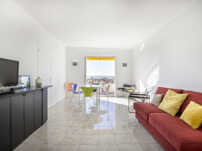 Photo for Bright, 63m², panoramic view of city and sea. Garage
