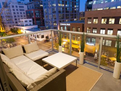 Photo for 1 Bedroom High End Gaslamp Beauty. Convention Center Close!
