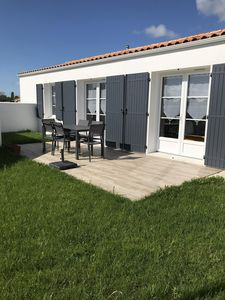 Photo for Modern and cozy villa 5 minutes from the ocean.
