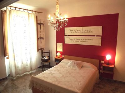 Photo for Cosy ground floor apartment with private garden and private parking space.