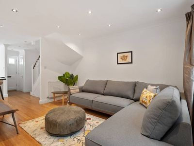 Photo for Gorgeous 4bed 2bath house, Archway, 5min to tube