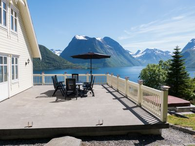 Photo for Stunning panorama view. 4 bed roms, 11 sleep. This is the real Norway! *****