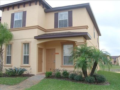 Front of townhome - Regal Palms - Davenport