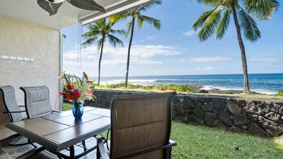Enjoy dining or lounging on yoyur private oceanfront lanai.