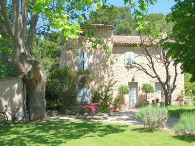 Photo for luberon Pretty stone bastide 8 / 15pers