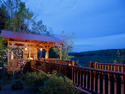 Photo for 5 Luxurious King Suites w/ Private Baths~Treehouse w/ Hot Tub, Seating, Fireplace