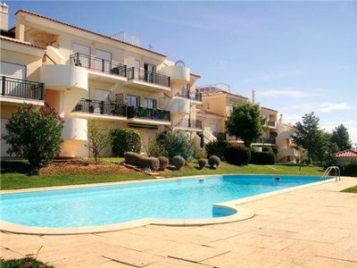 Photo for Excellent apartment in a quiet area with pool and mountain views