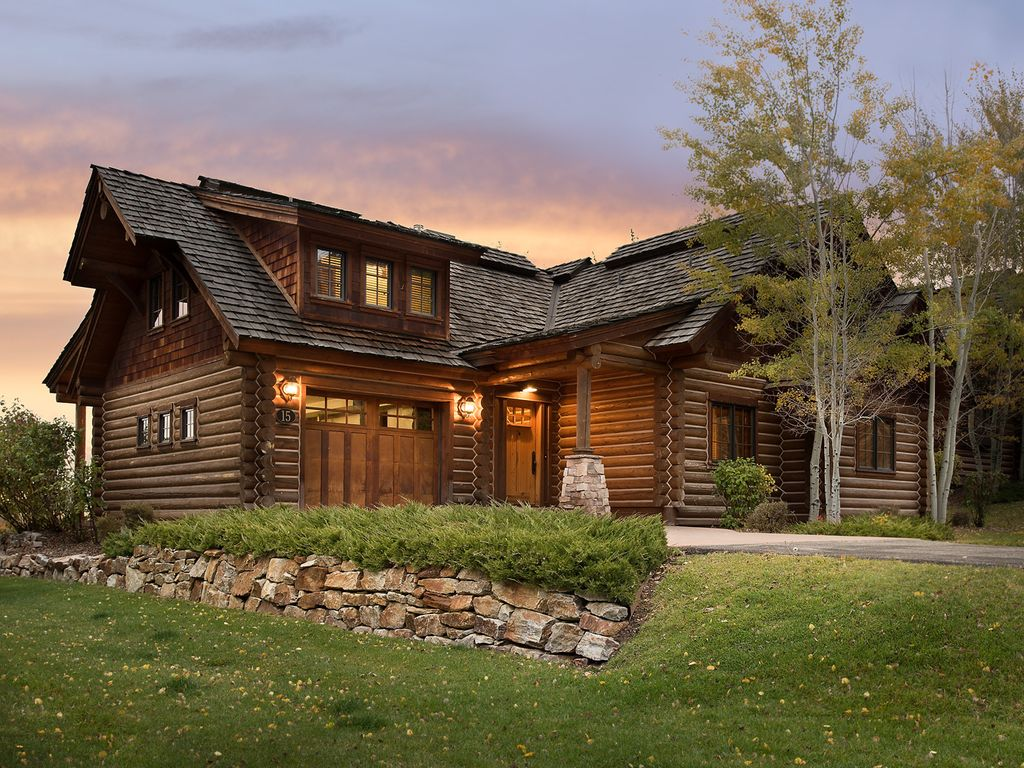 Teton springs cabin with private hot tub victor eastern for Teton cabin rentals