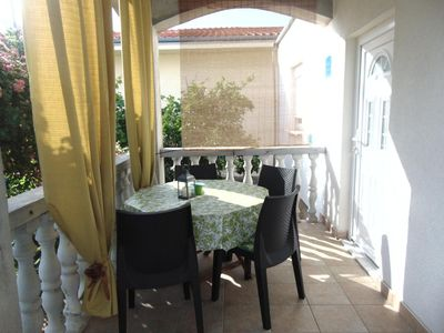 Photo for Holiday apartment Privlaka for 4 persons with 2 bedrooms - Holiday apartment