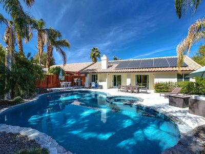 Photo for Treat yourself to a poolside vacation getaway!