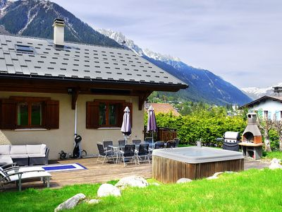 Photo for Charming Spacious Chalet Chamonix