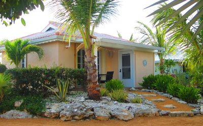 Photo for Palm Breeze Bay Cottage