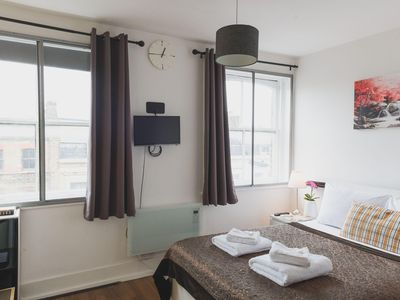 Photo for Bethnal Studio 18 apartment in Tower Hamlets with WiFi & shared terrace.