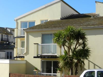 Photo for Contemporary apartment with parking, lift, balcony,  close to sea front and town