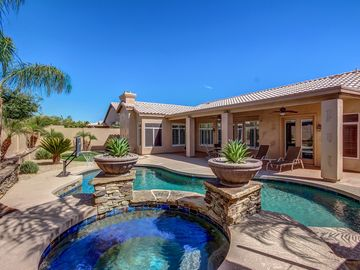 Luxury Resort Home, in Glendale, Pool, SPA/Hot Tub, Hiking, Pool Table & Firepla