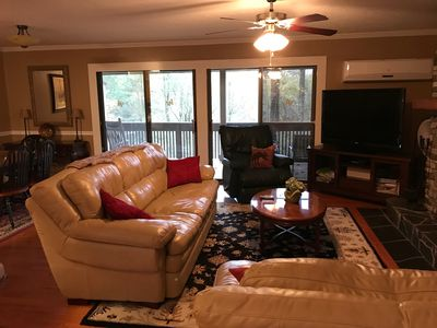Photo for Cozy Condo in Sapphire, Enjoy all Amenities! Short walk to Fairfield Lake!