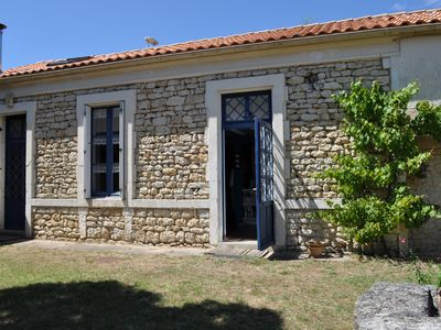 Photo for Holiday home on the Île d'Oléron for 8-10 people, 500 m from the sea