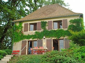 Photo for 3BR House Vacation Rental in Vanxains, Nouvelle-Aquitaine