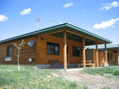 The Cabin...! Only a few steps to the Yellowstone River...!