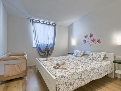 Photo for House in the center of Snašići with Parking, Internet, Washing machine, Air conditioning (648763)