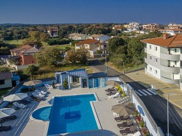 Well Maintained Apartment With Shared Pool Children S 2 Km From The Beach