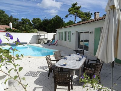 Photo for On the Ile de Ré, charming double Villa comfortably furnished & secure pool