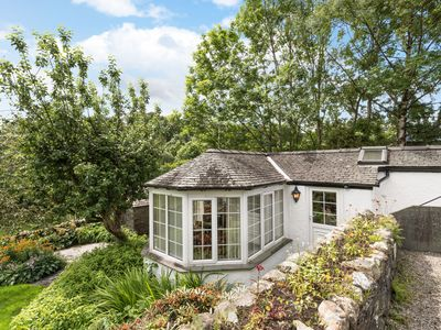 Photo for This fantastic little cottage is a real gem, cozy and perfectly formed!