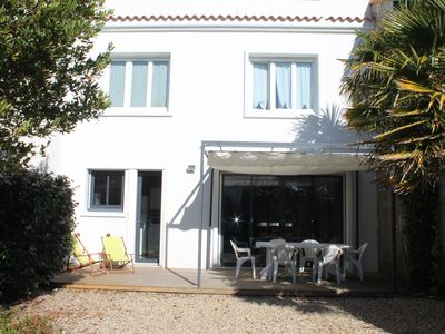 Photo for Nice house renovated 50s near the center and beach, in a quiet,