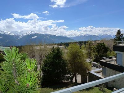 Photo for Apartment in the center of Montana with Internet, Pool, Lift, Parking (46255)