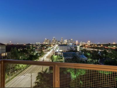Photo for DAVANI|Great view of Medical Centre|Houston