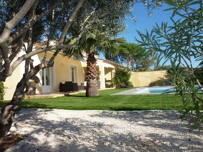 Photo for Charming villa with heated pool in quiet, 6/8 people, Gulf of St Tropez